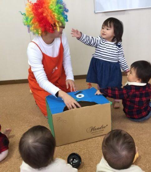 毎回赤ちゃんたちの絡みが楽しいクラス ベビーサインクラス開催報告