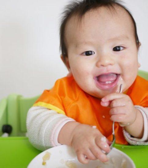 しっかり噛めるお口を育てる離乳食講座~離乳食の与え方で発達が変わる~